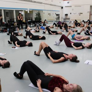 Zena Rommett Floor Barre: L'essenza Del Movimento